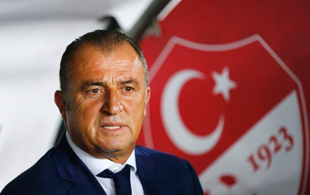 REFILE - CORRECTING CAPTION Turkey's coach Fatih Terim reacts before their Euro 2016 Group A qualifying soccer match against Czech Republic in Istanbul October 10, 2014. REUTERS/Murad Sezer (TURKEY - Tags: SPORT SOCCER HEADSHOT)